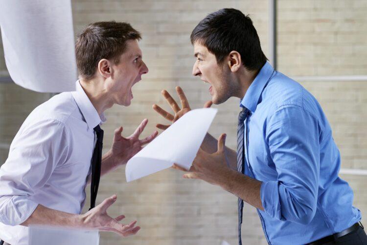 Как решать конфликтные ситуации на работе